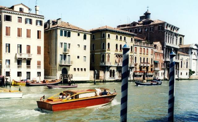 venice italy speed boats - photo#24