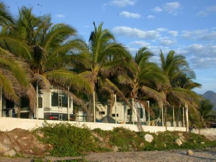 acapulco Trailer Park2