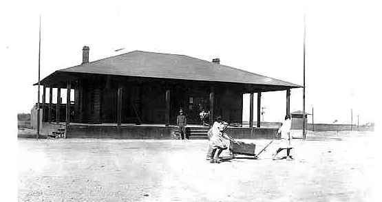 Douglas border 1916