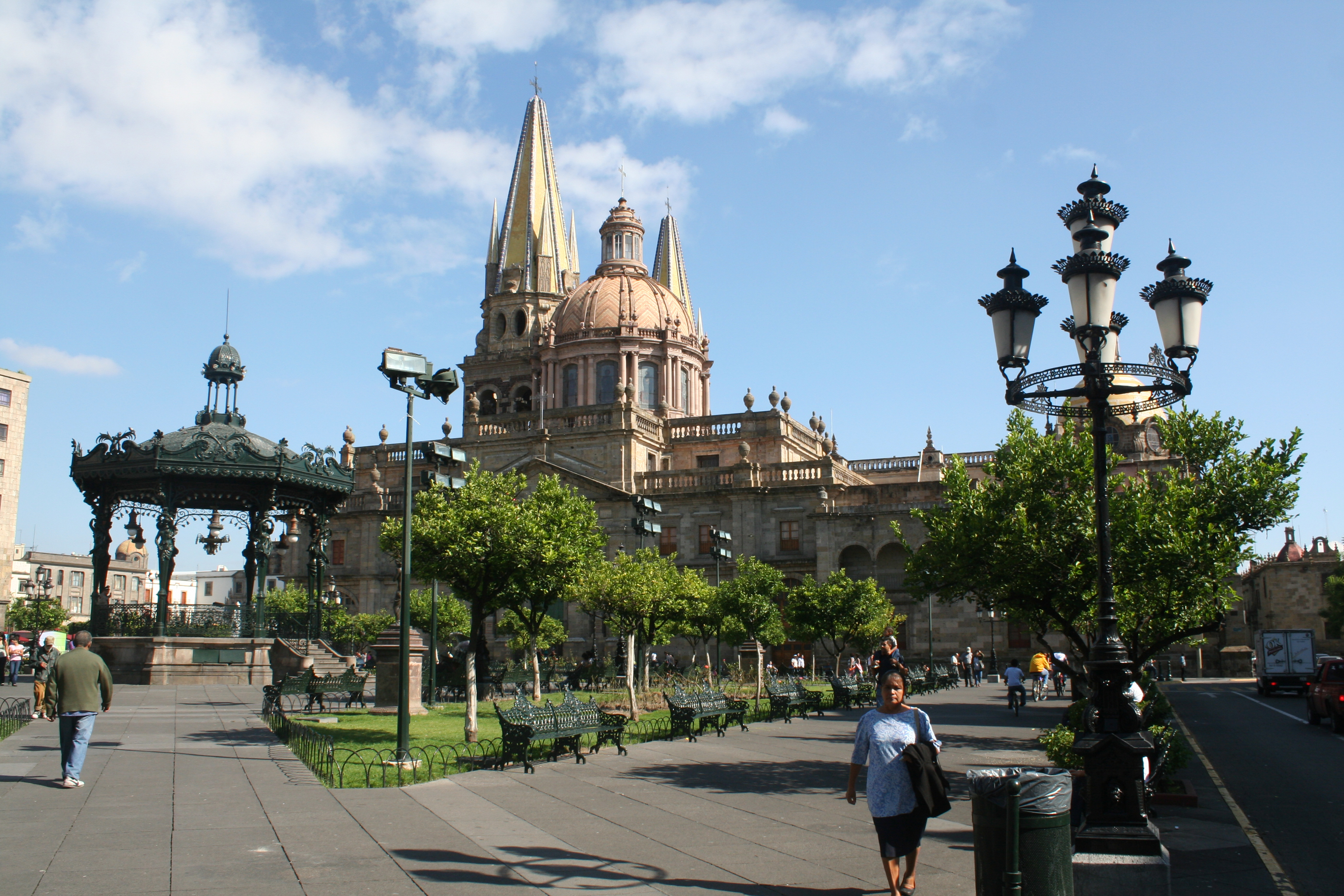Guadalajara 3 hour Walking Tour of Historic Downtown On The Road