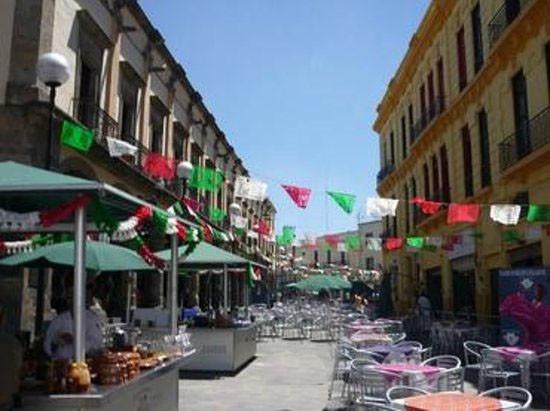 mariachi sq